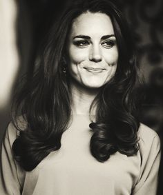 RoyallyKate:  Duchess of Cambridge, Kate in Noir sur Blanc∞