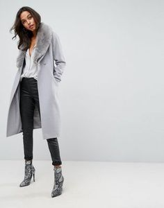 Asos Midi Skater Coat with Luxe Faux Fur Trim Latest Fashion Clothes, Latest Fashion Trends, Fashion Online, Asos Online Shopping, Online Shopping Clothes, Faux Fur Collar Coat, Outdoor Coats, Coats For Women, Clothes For Women