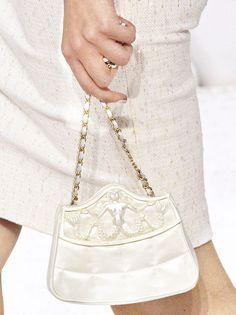 wink-smile-pout:    Bag Details at Chanel Spring 2012