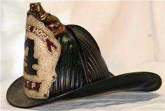 Firefighter Paramedic, Fire Helmet, Fire Equipment, Fire Dept, Headgear, Old School, Firefighting, Buckets, Helmets