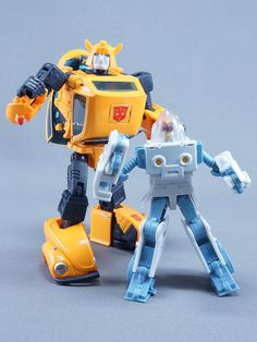 Transformers Masterpiece MP-21 Bumble (Bumblebee) with Exosuit