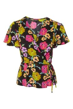 The colorful florals of this Topshop blouse are perfect for your summer office look. Summer Work Outfits, Cool Outfits, Summer Office Looks, All Fashion, Fashion Trends, Topshop Tops, Wrap Blouse, Blouse Outfit, Floral Tops