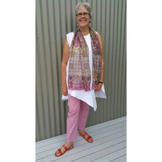 Today's #everydaystyle for a trip up the coast for grocery shopping and lunch with friends. Scarf, pants and earrings from France. Tunic from @annglinen , sandals by @nancybirdaccessories