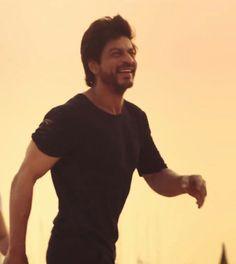 SRK sooooooo cute smile