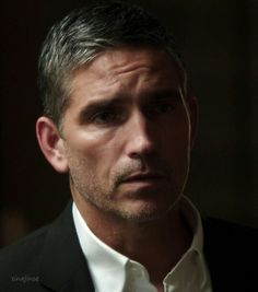 Jim Caviezel  (Reese  -  Person of Interest)