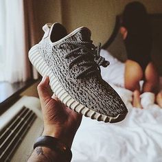 Here's  Ass Pair Boost Of Yeezy Boost Pair  Sneakers 69b7e8