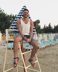 "1,461 mentions J'aime, 7 commentaires - Alex Bilyk (@alex_bilyk) sur Instagram: ""Місцями Аланія дуже схожа на мій дитячий Крим. ☺️"""