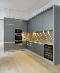 Best Ideas to Decorate Your Modern Country Kitchen - Interior Fun Kitchen Room Design, Kitchen Cabinet Design, Modern Kitchen Design, Dining Room Design, Kitchen Layout, Home Decor Kitchen, Interior Design Kitchen, Kitchen Ideas, Diy Kitchen