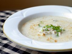 Mashed Potato and Turkey Soup http://www.dailycandy.com/all-cities/article/28425/Thanksgiving-Leftover-Recipe