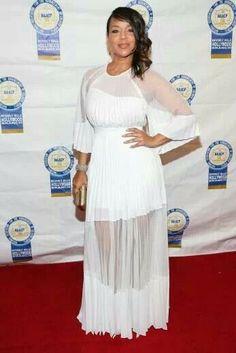 Lisa Raye in white