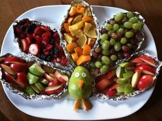 Kid friendly fruit platter for school Thanksgiving party.