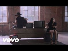 Jessie J - Sweet Talker (Acoustic) - http://maxblog.com/10722/jessie-j-sweet-talker-acoustic/