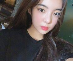 Imagen de kpop, lia, and itzy Incheon, Cute Girls, Cool Girl, K Idol, Korean Girl Groups, Girl Crushes, Kpop Girls, Ulzzang, Girly