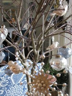 My Notting Hill: Sneak Peeks from a Holiday House Tour