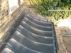 curved Lead Roof, Decking Material, Roofing Materials, Metal Working, Stairs, Diy Projects, Construction, Windows, Flooring