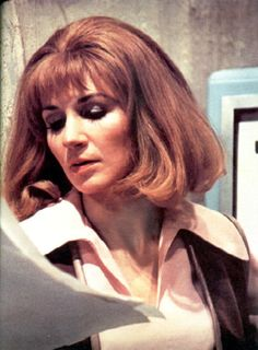 Caroline John as Dr.Liz Shaw (Doctor Who) Original Doctor Who, Fantasy Tv Series, Jon Pertwee, The Rouge, Doctor Who Companions, Blake Lively Style, Classic Doctor Who, Who Do You Love, Watch Doctor