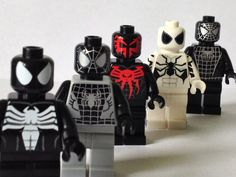 South African based custom minifigure designer Christo has released a range of Spider-Man minifigures. Lego Spiderman, Lego Marvel, Marvel Comics, Lego Custom Minifigures, Lego Minifigs, Lego Duplo, Lego People, Lego Man, Lego Toys