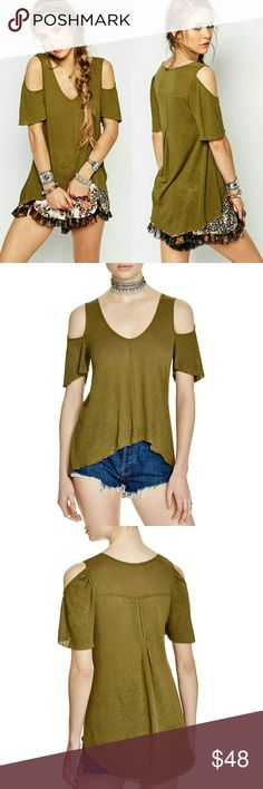 NWT Free People Cold Shoulder Tunic Olive Green Super cute and comfortable long cut out tunic from free people. Perfect for transitioning into the warm weather. Feel free to make an offer! Free People Tops Tunics