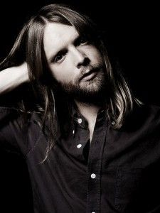 Brief Chat: James Valentine of Maroon 5 - music and marathons !