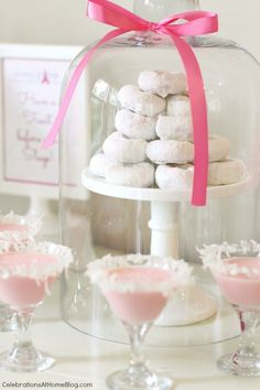 Pink doughnuts & pink drink - what a perfect party. Cancer Survivor Party, Breast Cancer Party, Comida Para Baby Shower, Powdered Donuts, Bar A Bonbon, Biscuits, Pink Drinks, Pink Parties, Party Entertainment
