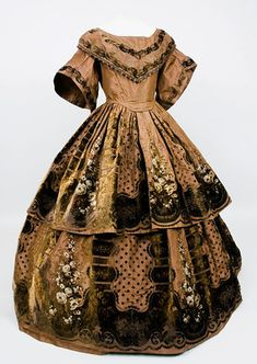 Printed & Voided Velvet Gown, 1850s Tasha Tudor auction $13,800 | This is now in the collections at the Fort Worth Civil War Museum! I was so excited when I saw it!