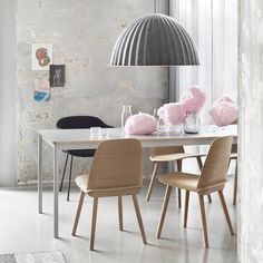Muuto | Nerd Chair Oak https://www.surrounding.com.au/nerd-chair-oak/ Muuto Nerd Chair Oak Nerd chair by Muuto, through an innovative integration between seat and back and precise detailing, has a strong personality and a very iconic character. It was designed by David Geckeler.  #muutonerdchairoak #nerdchairoak #nerdchairbymuuto #nerdchair #muutochair #muuto #DAvidGecklerdesign #scandinaviandesign #surroundingaustralia