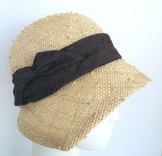 Women's Knotted Sisal Straw Cloche Flapper Hat 1920s