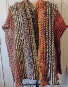 Poncho Knitting Patterns, Crochet Poncho, Knitting Designs, Ruana Wrap, Layered Fashion, Sweaters And Jeans, Crochet Woman, Knit Picks, Stripes Fashion