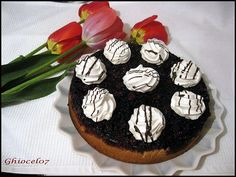 Tort cu visine si bezele Camembert Cheese, Sugar, Cookies, Desserts, Food, Crack Crackers, Tailgate Desserts, Deserts, Biscuits