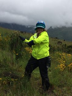 Tonja is killin' it out there! - Weed Rodeo 2014 #mtsthelens