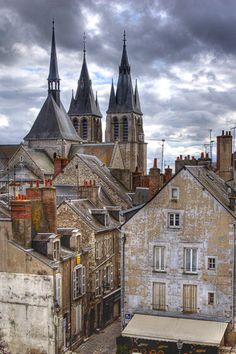 City of Blois, Loire Valley, France Great Places, Places To See, Beautiful Places, Places Around The World, Around The Worlds, Belle France, Visit France, French Countryside, Paris France