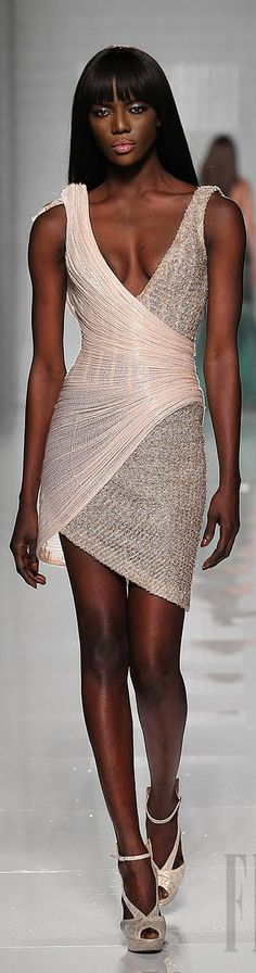 CESPINS❤Tony Ward more coverage at the top, but love the design