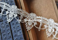 Exquisite Off White Venice lace Trim Aulic Palace by Lacebeauty