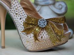 Bow Shoe Clips Sparkly & Golden / Gold Holidays by sofisticata
