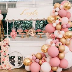 First birthday style with this vintage style set up balloons. The perfect party display for all your yummy treats! Wedding Balloon Decorations, Wedding Balloons, Birthday Decorations, Baby Shower Decorations, Vintage Party Decorations, Decor Wedding, Baby Birthday, First Birthday Parties, First Birthdays