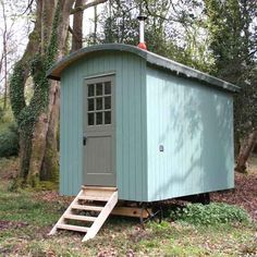 These colours are lovely, I might paint my hut like this