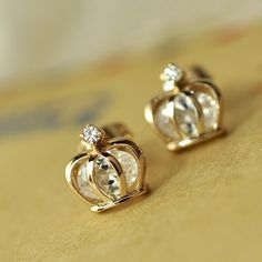 Crown earrings fit for a queen