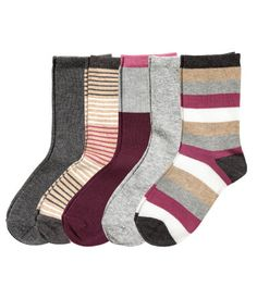 Fine-knit socks in a soft cotton blend in various colours and designs.