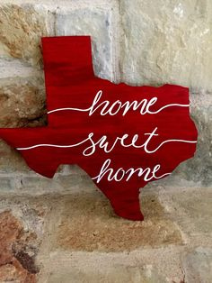 Home Sweet Home Texas by MollyNicoleCustoms on Etsy Austin, Texas Signs, Texas Pride, Texas Homes, San Antonio, Texas Home Decor, Texas Forever, Loving Texas, Tejidos