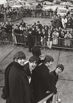 """"""" A Day In The Life - February The Beatles' American invasion begins. """"The Beatles arrive in the United States for the first time on this day, being welcomed with extreme media coverage and rampant Beatlemania. The demands. Beatles Love, Les Beatles, Beatles Photos, Beatles Museum, Beatles Funny, Beatles Guitar, Ringo Starr, George Harrison, John Lennon"""