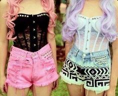 Pastel Goth ~ Lace Bustier & High Waisted Shorts wish the top wasnt so see thru. Love the shorts on the right Punk Pastel, Pastel Goth Fashion, Pastel Grunge, Kawaii Fashion, Gothic Fashion, Look Fashion, Pastel Hair, Grunge Fashion, Teen Fashion