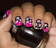 See how nail art pros are making fresh designs with all kinds of nail polish and beauty supplies. Learn how to paint your fingernails with style on a french manicure Nails Only, Get Nails, How To Do Nails, Hair And Nails, Leopard Nails, Pink Nails, Daisy Nails, Exotic Nails, Nail Polish Art