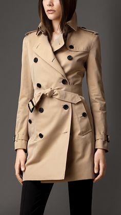 Trench coat de longitud media en algodón de gabardina | Burberry