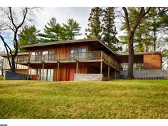 1960 Redwood MCM beauty in Jeffersonville. MLS #6673178 courtesy of Marchese Real Estate.