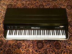 Follow @kw3hmd on Instagram: From: @turnlab -  1 Mint Fender Rhodes MkV  #fender #rhodes #forsale #electric #piano #mint /// Turnlab.be #Regrann