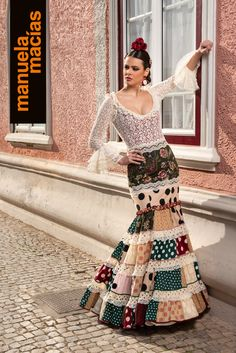 Colección 2019 Manuela Macías Moda Flamenca Flamenco Costume, Flamenco Skirt, Edwardian Dress, Dressy Dresses, Yes To The Dress, Bollywood Actress, Classic Style, My Style, Organic Cotton