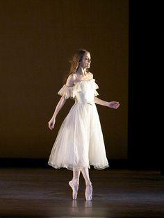 Julie Kent 'Lady of the Camellias' Ballet Costumes, Dance Costumes, Julie Kent, Ballet Fashion, Ballet Inspired Fashion, Ballet Photography, Ballet Beautiful, Ballet Dancers, Ballerinas