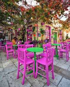 Colourful outdoor area of a cafe in Old Foça, Izmir Outdoor Cafe, Outdoor Restaurant, Outdoor Decor, Restaurant En Plein Air, Cafe Design, Holiday Destinations, Bohemian Decor, Bunt, Places To Travel
