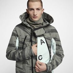 The future has imploded onto the present. Men's Jacket, Rain Jacket, Nike Fashion, Mens Fashion, Cyberpunk Fashion, Nike Acg, Outdoor Wear, Future Fashion, Sport Outfits