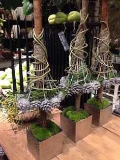Noel or Christmas Wonderful gnome-style trees for a new pretty way to style store window displays or at home or for Holiday parties or weddings! Christmas Garden, Simple Christmas, Christmas Projects, Rustic Christmas, Christmas Holidays, Christmas Wreaths, Art Floral Noel, Deco Noel Nature, Navidad Diy